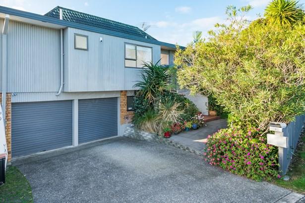 2 Ridge Road, Browns Bay, Auckland - NZL (photo 4)