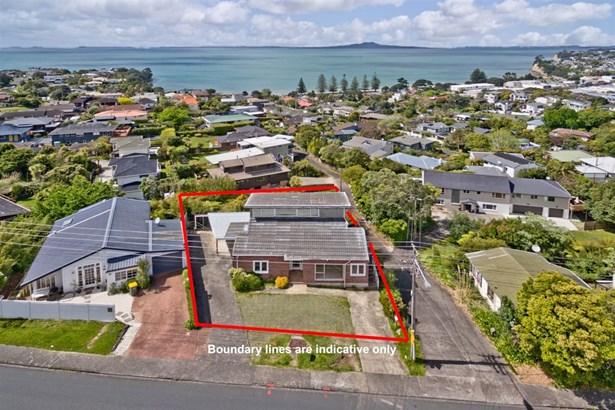 845 Beach Road, Browns Bay, Auckland - NZL (photo 5)