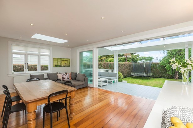 7 Kerr Street, Devonport, Auckland - NZL (photo 5)