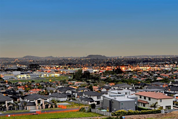 190 Point View Drive, East Tamaki Heights, Auckland - NZL (photo 1)