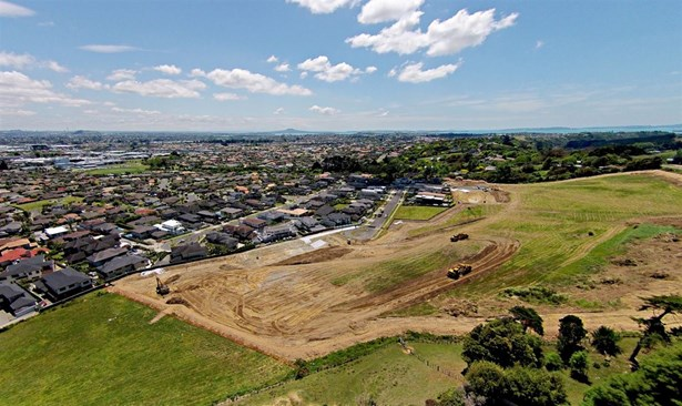 190 Point View Drive, East Tamaki Heights, Auckland - NZL (photo 4)