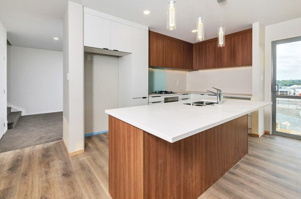118 Parkview Drive, Gulf Harbour, Auckland - NZL (photo 3)