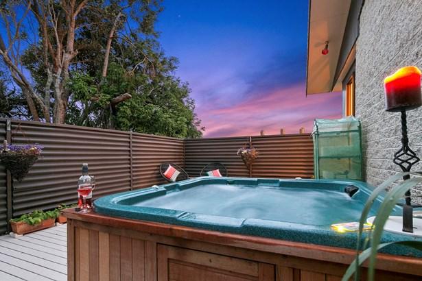 16 Culver Terrace, Howick, Auckland - NZL (photo 4)