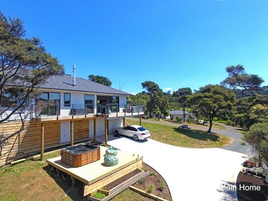 47 Bethells Road, Waitakere, Auckland - NZL (photo 3)