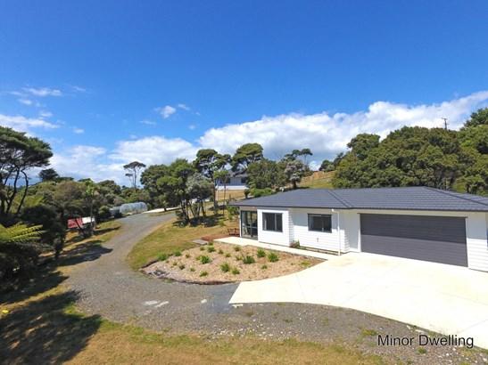 47 Bethells Road, Waitakere, Auckland - NZL (photo 4)