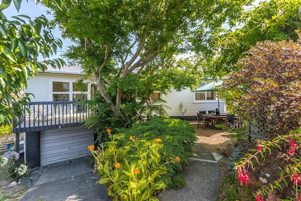 20 Chequers Avenue, Glenfield, Auckland - NZL (photo 2)