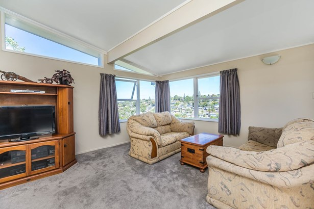 20 Chequers Avenue, Glenfield, Auckland - NZL (photo 3)