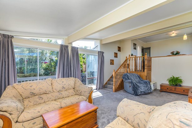 20 Chequers Avenue, Glenfield, Auckland - NZL (photo 5)
