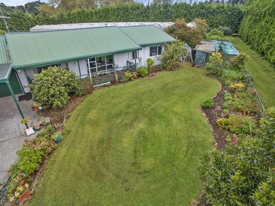 1194 Glenbrook Road, Glenbrook, Auckland - NZL (photo 2)