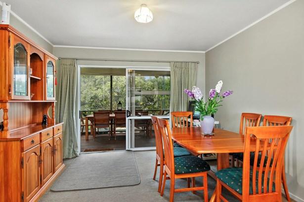 1194 Glenbrook Road, Glenbrook, Auckland - NZL (photo 5)