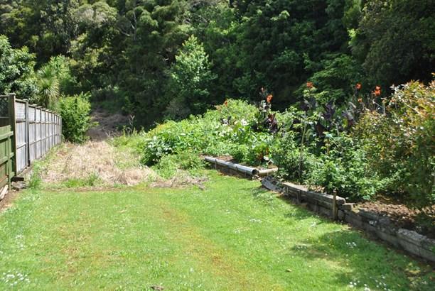 27 Ranfurly Place, Kamo, Northland - NZL (photo 2)