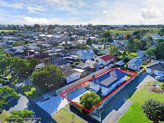 11 Martin Road, Manurewa, Auckland - NZL (photo 5)