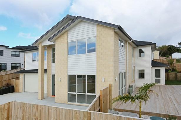 23 Shibata Rise, Ranui, Auckland - NZL (photo 2)