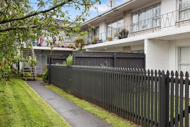 10/10a Wilkinson Road, Ellerslie, Auckland - NZL (photo 2)