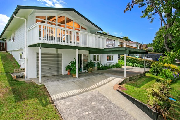 27 Valley View Road, Glenfield, Auckland - NZL (photo 1)