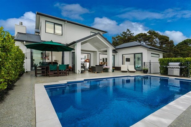 12 Eastvale Close, Greenhithe, Auckland - NZL (photo 3)