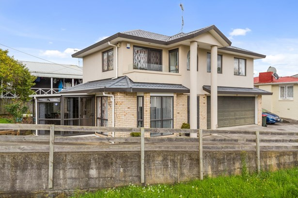 83 White Swan Road, Mt Roskill, Auckland - NZL (photo 2)