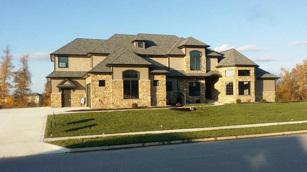 Traditional, Site-Built Home - Fort Wayne, IN (photo 1)
