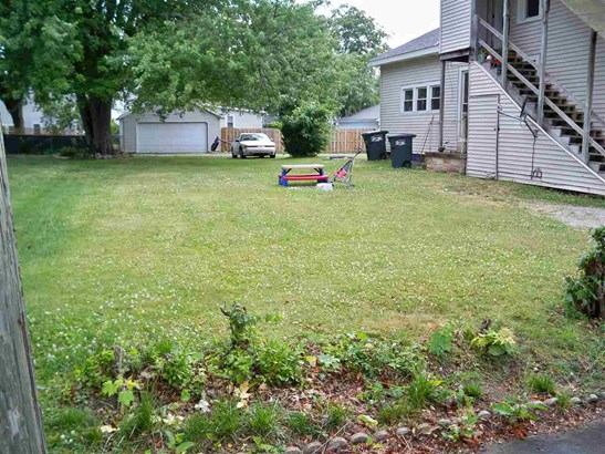 Site-Built Home, Duplex - Kendallville, IN (photo 3)