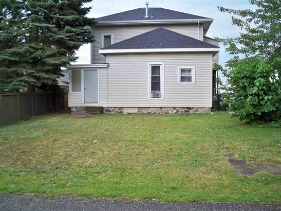 Site-Built Home, Duplex - Kendallville, IN (photo 4)
