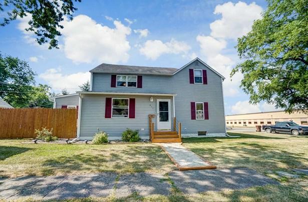 Traditional, Site-Built Home - Garrett, IN