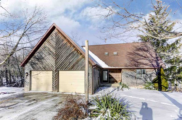 Site-Built Home, Lofted - Churubusco, IN (photo 1)