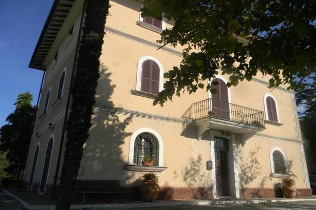 Fabro - ITA (photo 2)