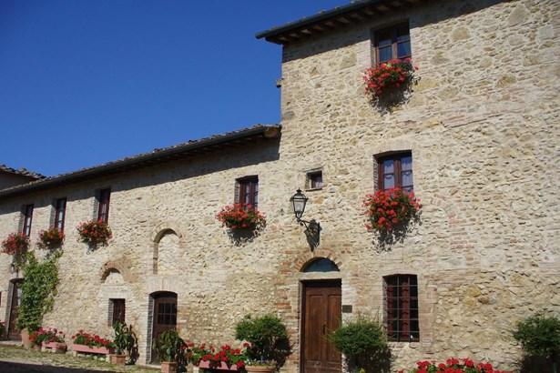 San Gimignano, Siena Tuscany - ITA (photo 1)