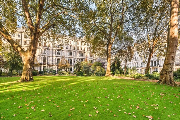 Ennismore Gardens, London - GBR (photo 1)