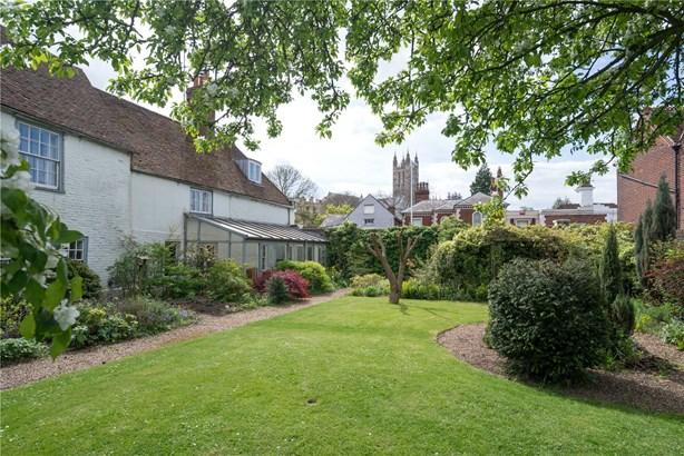 Broad Street, Canterbury - GBR (photo 1)