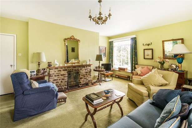 Summerfield Lane, Frensham, Farnham - GBR (photo 3)