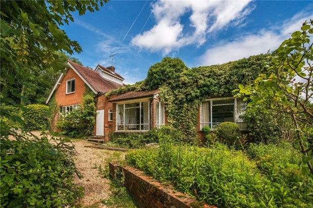 Summerfield Lane, Frensham, Farnham - GBR (photo 5)