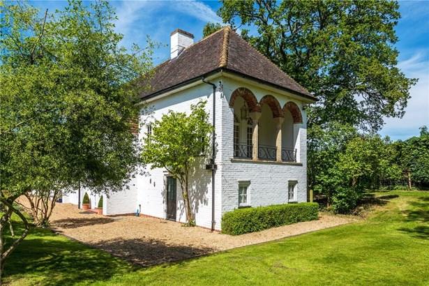 Frensham, Farnham - GBR (photo 3)