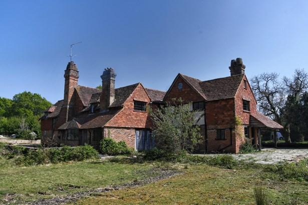 Horsham Lane, Ewhurst, Cranleigh - GBR (photo 3)
