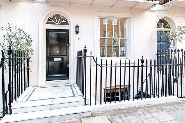 Chapel Street, London - GBR (photo 2)