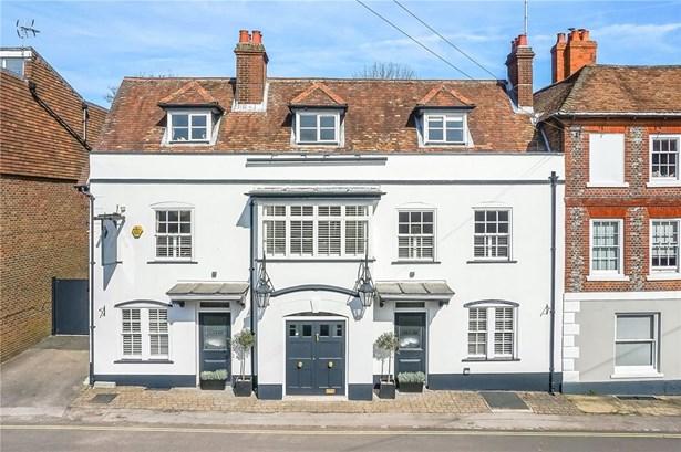 Pound Hill, Alresford - GBR (photo 1)