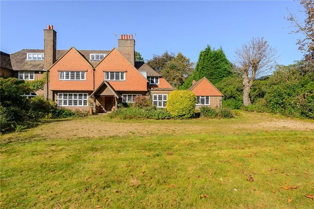 Weydown Road, Haslemere - GBR (photo 1)