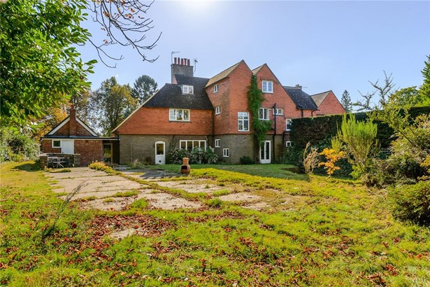 Weydown Road, Haslemere - GBR (photo 4)