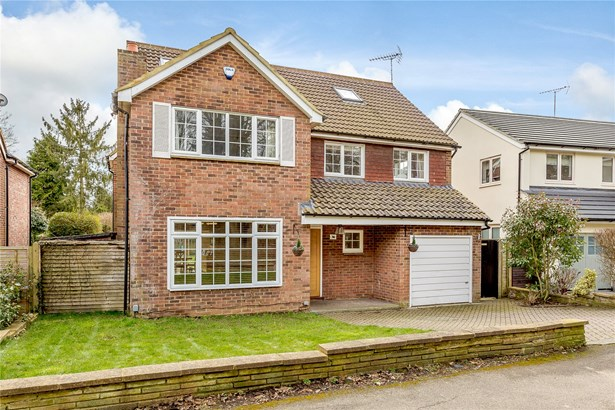 Wheathampstead Road, Harpenden - GBR (photo 1)