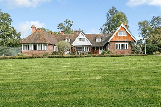 The Common, Dunsfold, Godalming - GBR (photo 3)