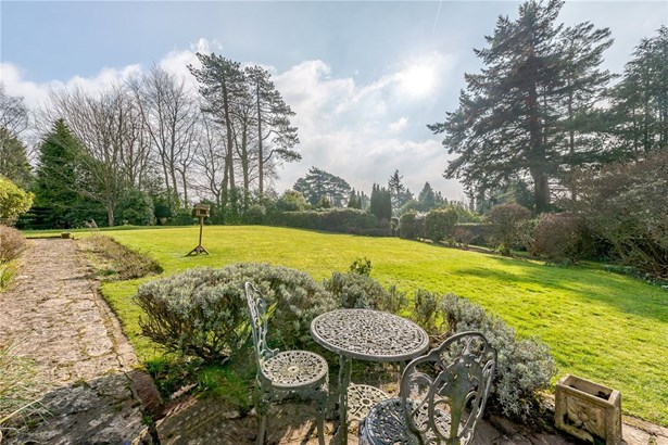 Marley Heights, Haslemere - GBR (photo 4)