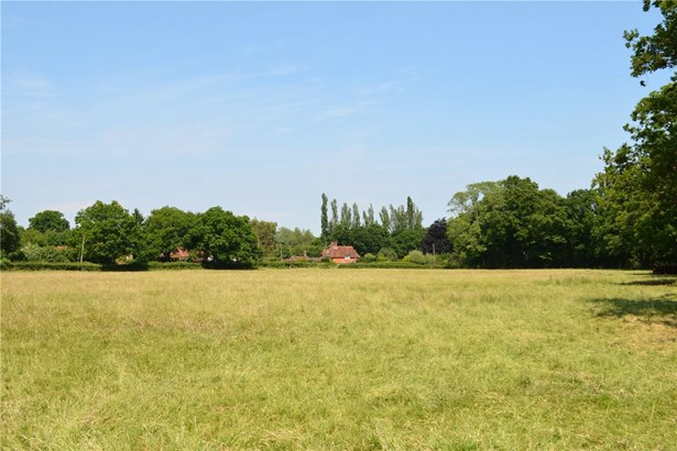 Rosemary Lane, Alfold, Cranleigh - GBR (photo 5)