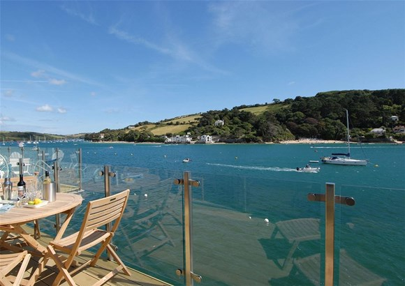 Cliff Road, Salcombe - GBR (photo 1)
