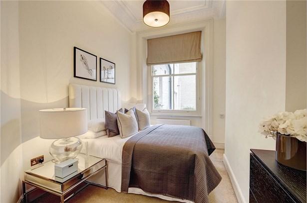 Ladbroke Terrace, Notting Hill - GBR (photo 3)