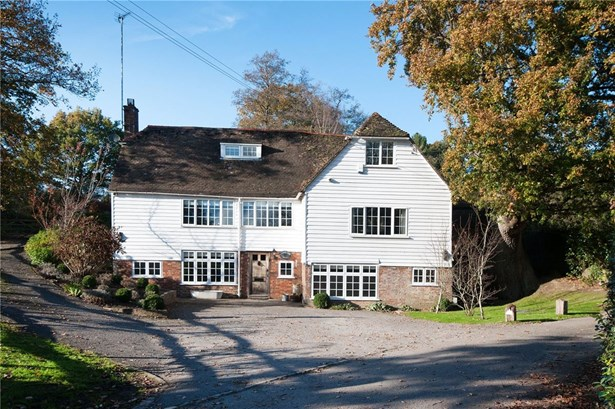 Monteswood Lane, Lindfield - GBR (photo 1)
