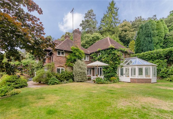 Chase Lane, Haslemere - GBR (photo 1)