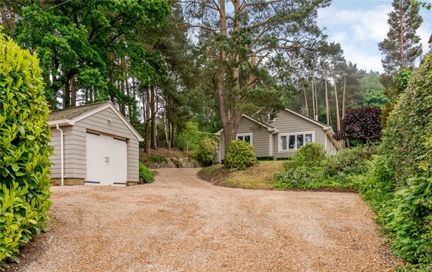 Burnt Hill Road, Lower Bourne, Farnham - GBR (photo 1)