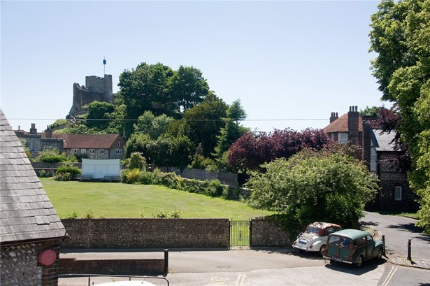 Castle Precincts, Lewes - GBR (photo 4)