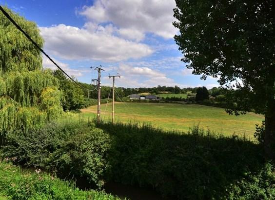 Bragenham Side, Stoke Hammond - GBR (photo 5)