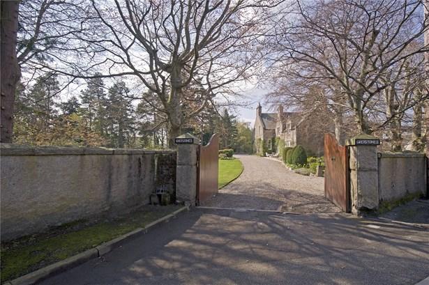Greystones House, Abergeldie Road, Ballater - GBR (photo 3)